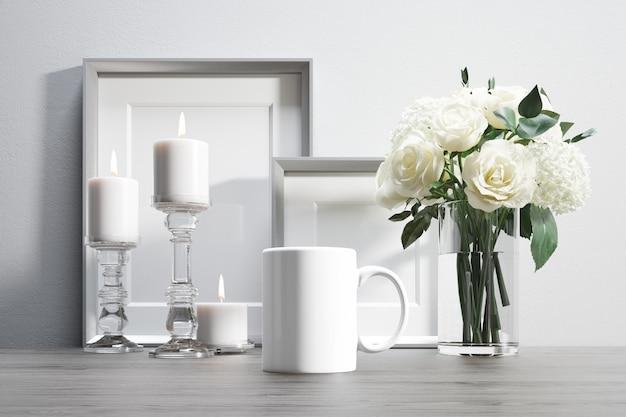 Kubek ceramiczny z kwiatami i elementami dekoracyjnymi