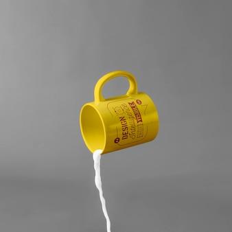 Kubek makieta z mlekiem