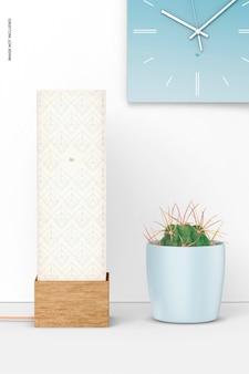 Kwadratowa lampa stołowa z drewna z makietą doniczki