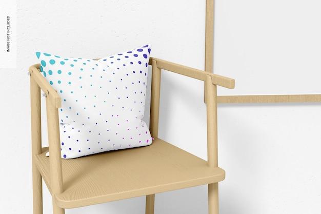 Kwadratowa poduszka i makieta krzesła