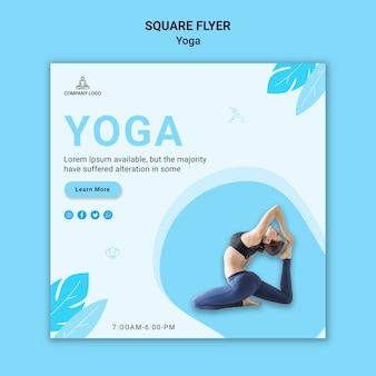 Kwadratowa ulotka do ćwiczeń jogi