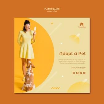 Kwadratowy szablon ulotki adoptować psa