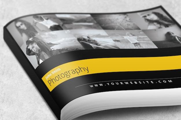 Landscape magazine lub broszura mockup