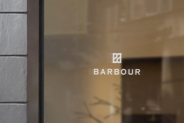 Logo makieta luksusowe okno znak szara ściana