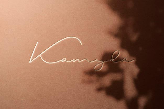 Logo makieta luksusowy papier z nakładką cień