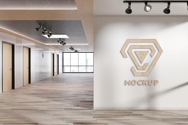 Logo na ścianie biura makieta