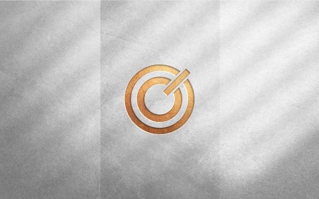 Luksusowa Makieta Logo Na Szorstkiej Białej ścianie Premium Psd
