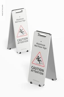 Makieta aluminiowych znaków na mokrej podłodze, perspektywa