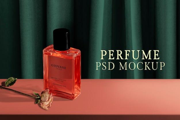 Makieta butelki perfum, opakowanie produktu kosmetycznego psd