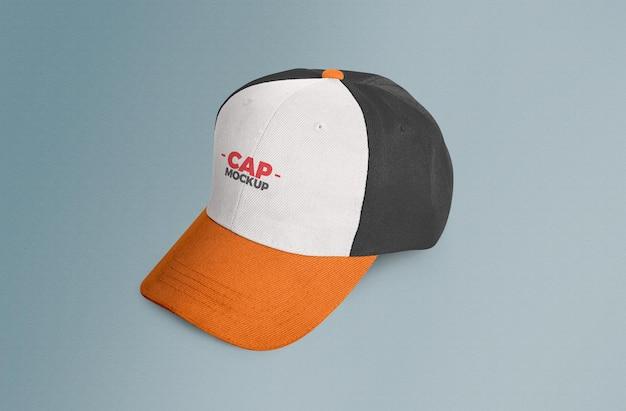 Makieta czapki na białym tle