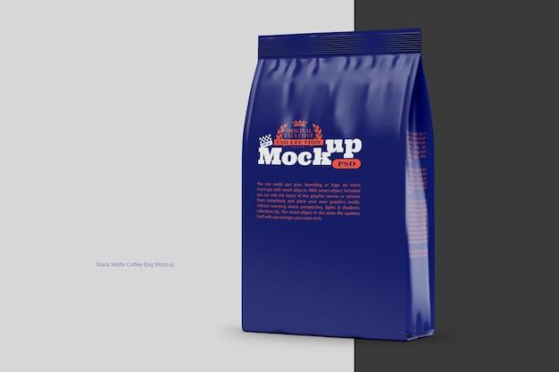 Makieta czarnej matowej torby na kawę