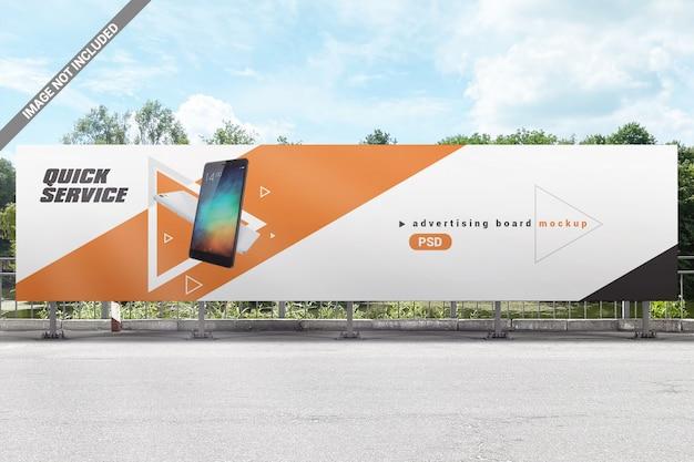 Makieta dużej tablicy reklamowej