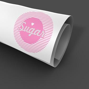 Makieta eleganckiego i prostego zwiniętego papieru