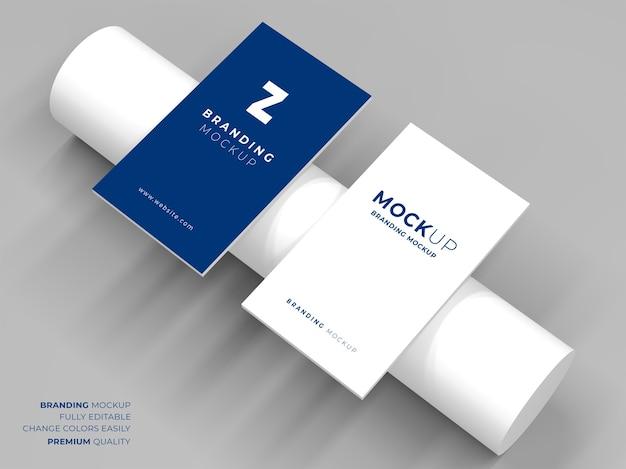 Makieta eleganckiej wizytówki na białym tle