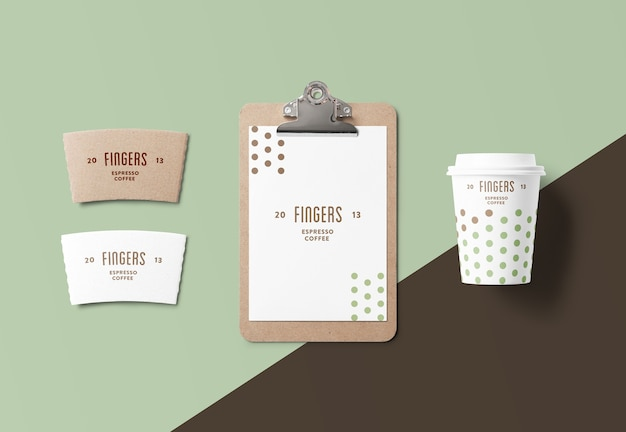 Makieta elementów marki kawy na białym tle
