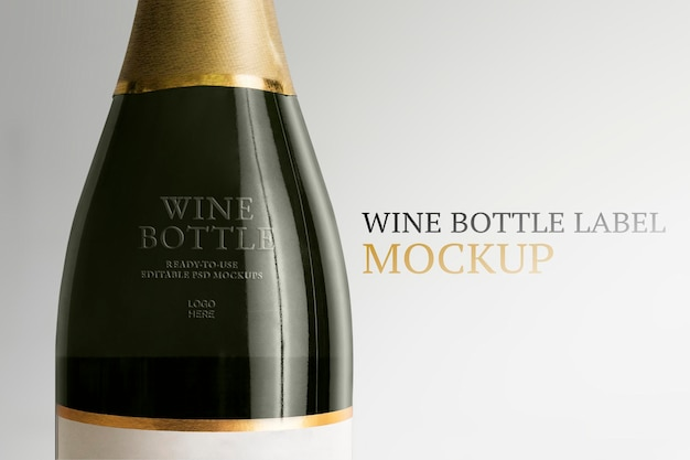 Makieta etykiety butelki wina psd edytowalna reklama