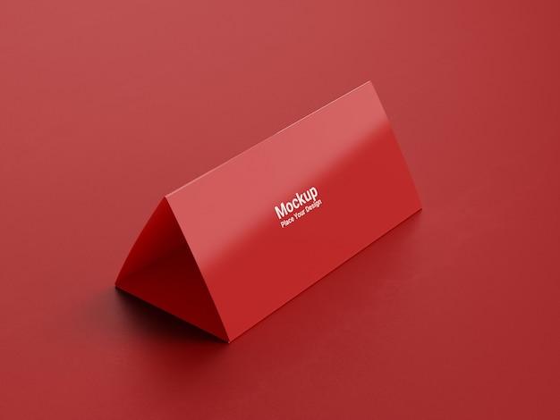 Makieta kalendarza biurko na czerwonym tle