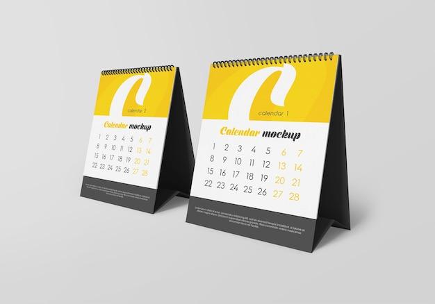 Makieta kalendarza na biurko spirala na białym tle