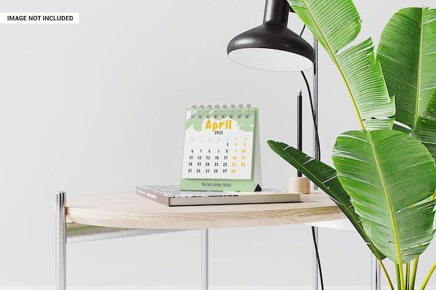 Makieta kalendarza ze spiralnymi liśćmi
