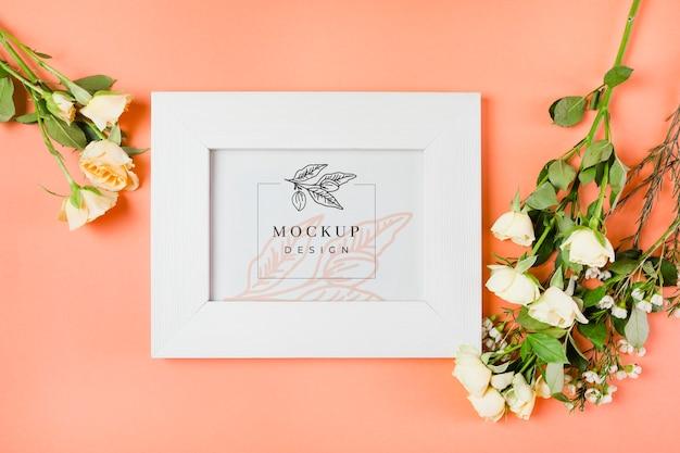 Makieta koncepcja piękne kwiaty