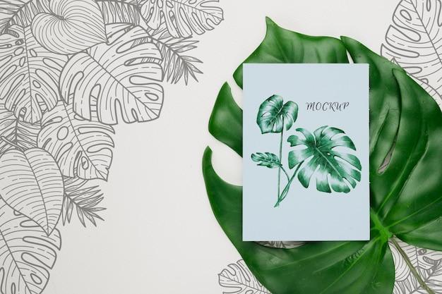 Makieta koncepcja piękny kwiatowy zaproszenie