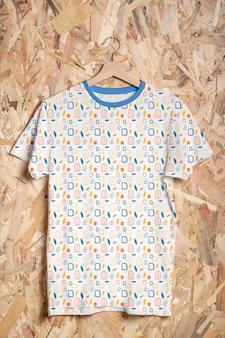 Makieta koncepcji wielokolorowej koszuli