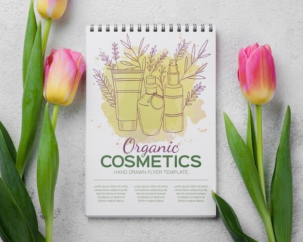 Makieta kosmetyki makieta z kwiatami