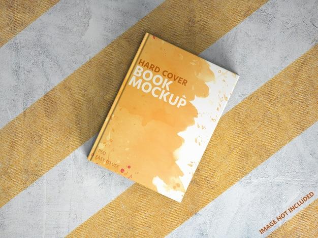 Makieta książki w twardej oprawie