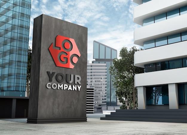 Makieta logo 3d znak elewacji stojącej przed nowoczesnym budynkiem