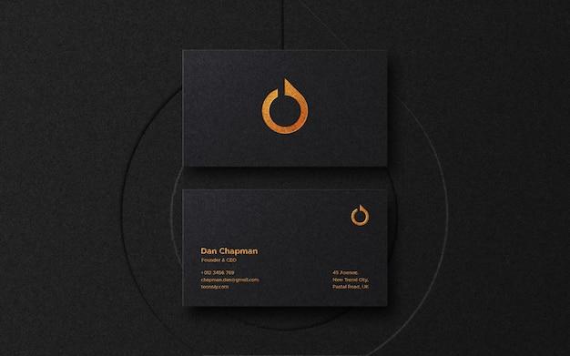 Makieta logo luksusowej wizytówki z drukiem typograficznym