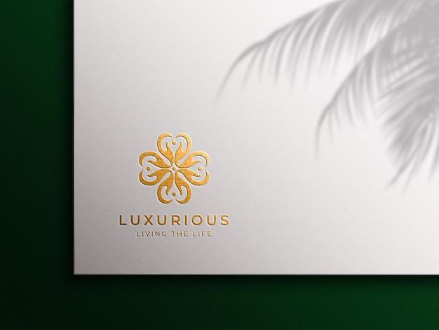 Makieta logo luksusowej złotej folii