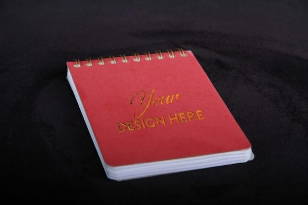 Makieta logo okładki książki uwaga