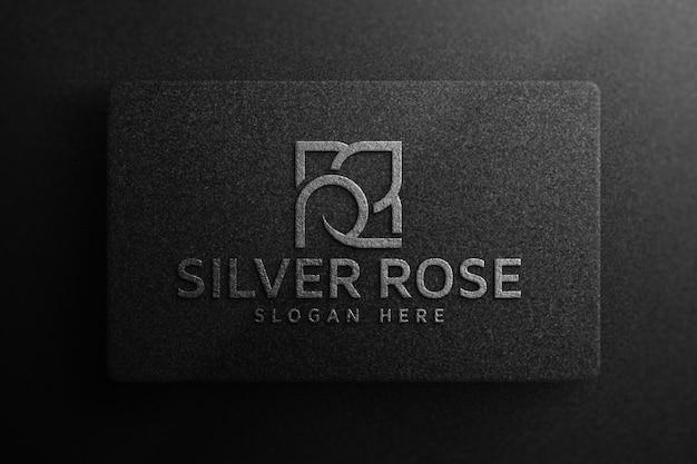 Makieta luksusowego logo na czarnym papierze