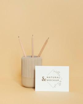 Makieta materiałów piśmiennych z naturalnego materiału