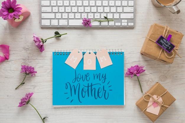 Makieta notatnik z koncepcją dzień matki