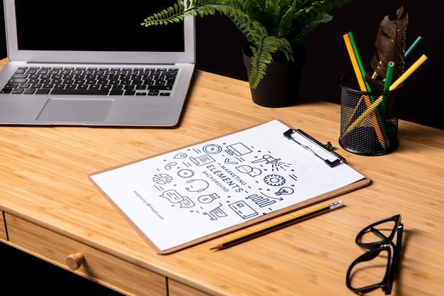 Makieta notatnika z elementami marketingowymi