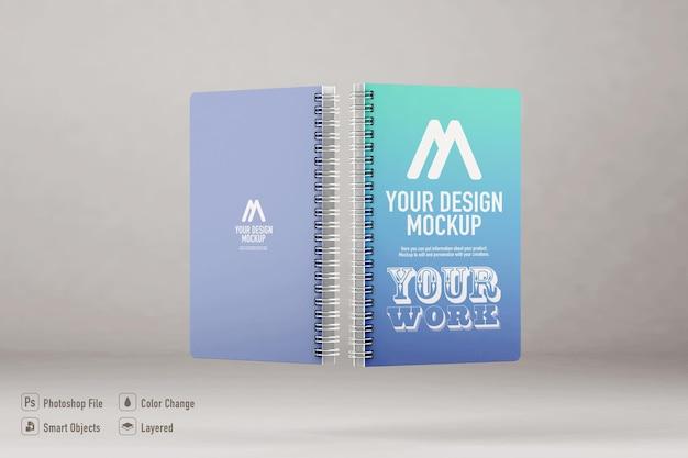 Makieta notebooków na tle miękkiego koloru