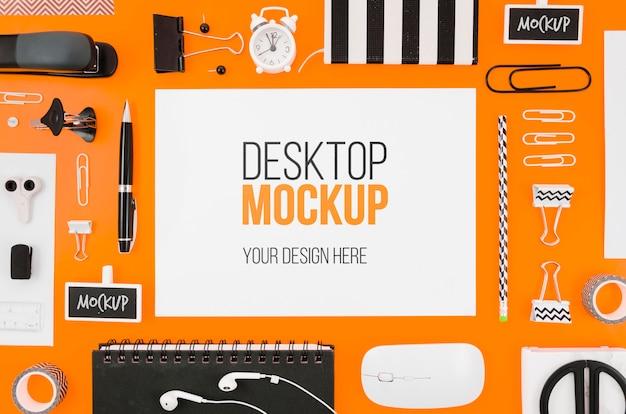 Makieta papeterii płaskiej leżącej z narzędziami biurkowymi