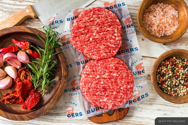 Makieta papieru do pakowania surowego mięsa hamburger