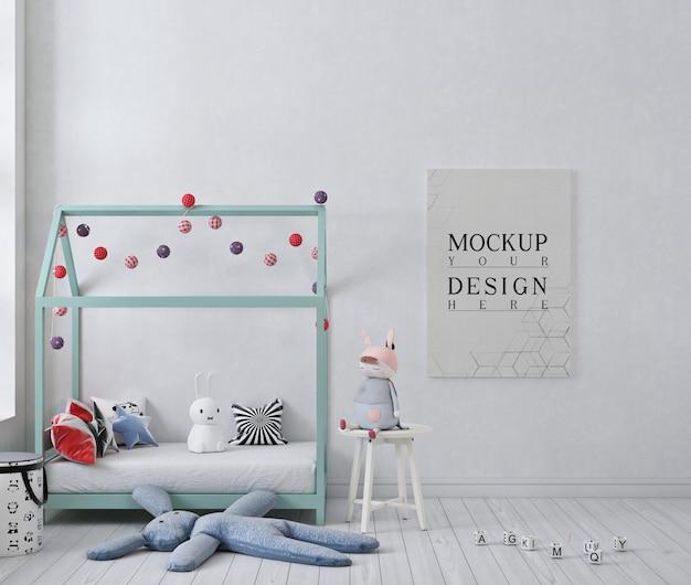 Makieta plakat w białej dziecięcej sypialni z plakatem