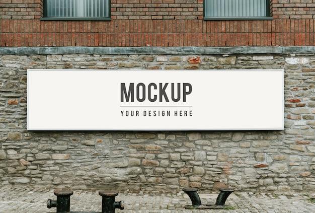 Makieta prostokątne oznakowanie publiczne na mur z cegły