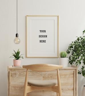 Makieta ramki na drewnianym stole w życiu z roślinami