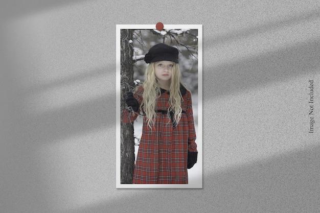 Makieta ramki na zdjęcia z nakładką cienia