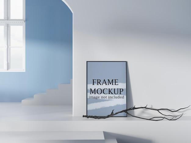 Makieta ramki w niebiesko-białym wnętrzu