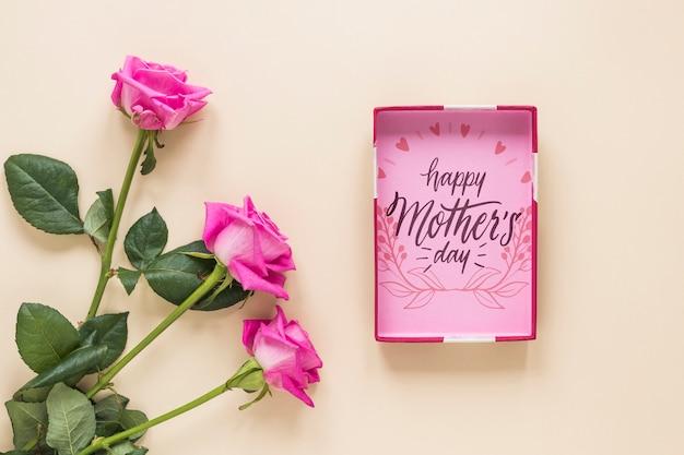 Makieta ramki z koncepcją dzień matki