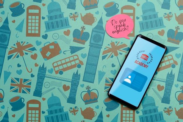 Makieta smartfona akademii angielskiej