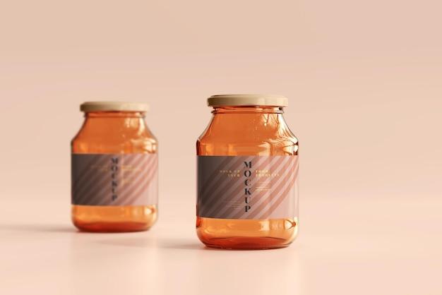 Makieta szklanych słoików z marmoladą