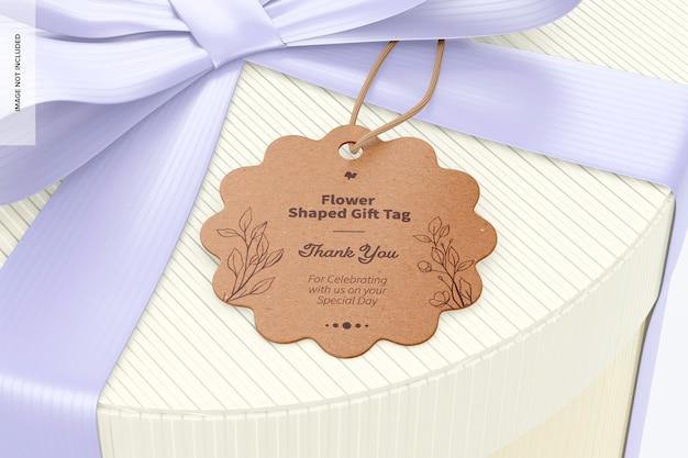 Makieta tagu prezentowego w kształcie kwiatu, zbliżenie