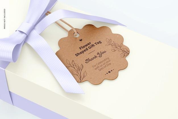 Makieta tagu prezentowego w kształcie kwiatu