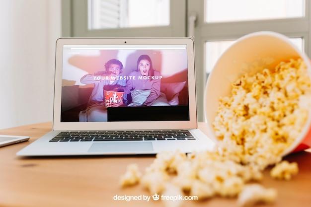 Makieta technologiczna z popcornem